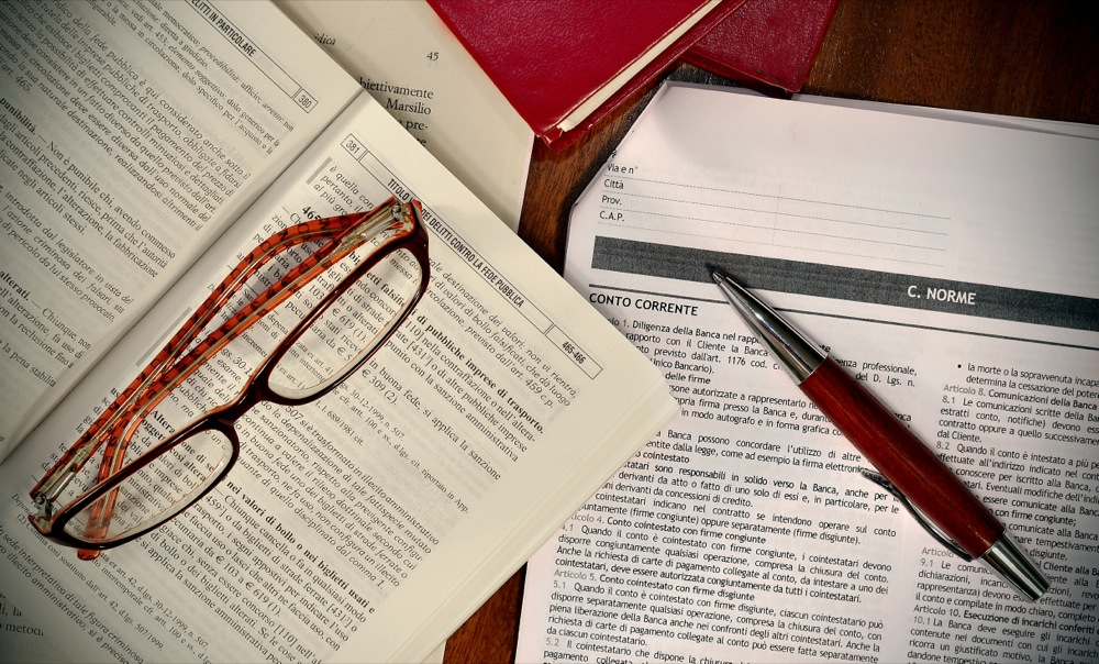 best way to study law cases This guide details how to read a case citation and sets out the print and online sources for finding cases  under the common law principles of stare decisis,.